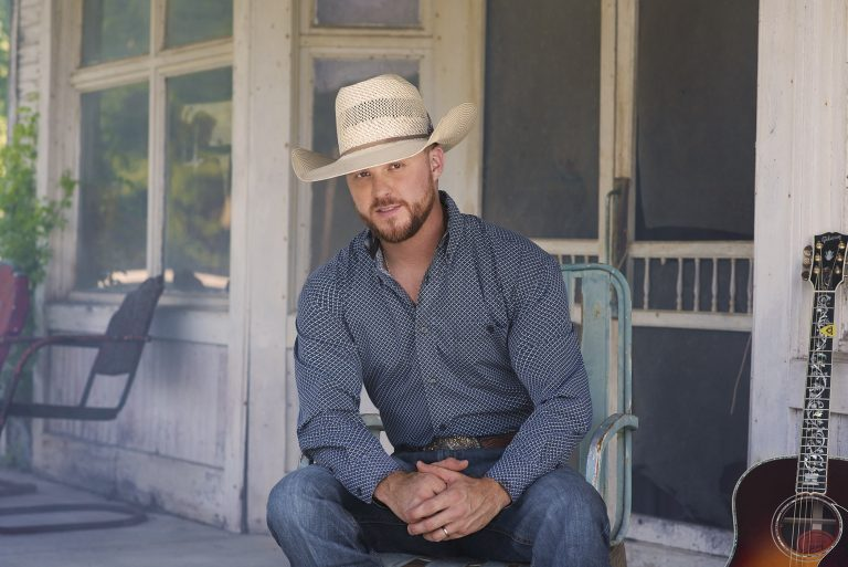 Cody Johnson Says Major Label Debut 'Ain't Nothin' To It' is '100 Percent Me'